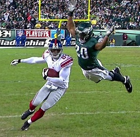 Brian Dawkins flying tackle